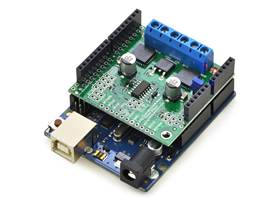 Pololu dual MC33926 motor driver shield for Arduino - with Uno R3